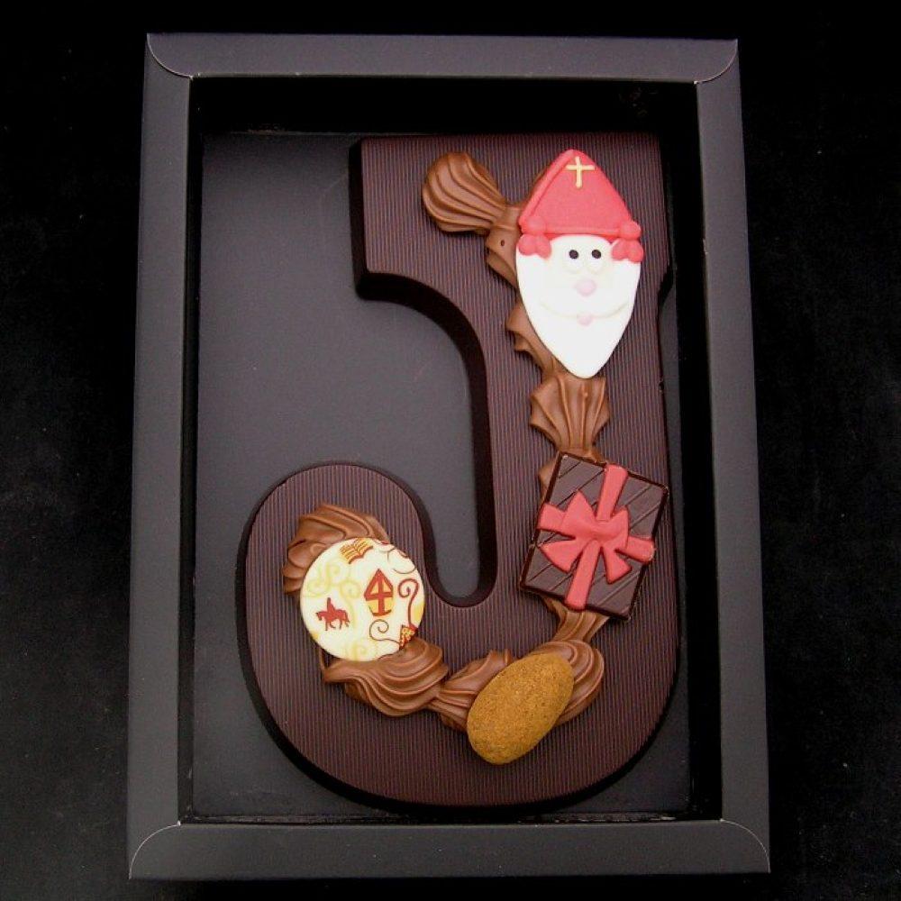Chocoladeletter (A tot Z) in puur, handgedecoreerd